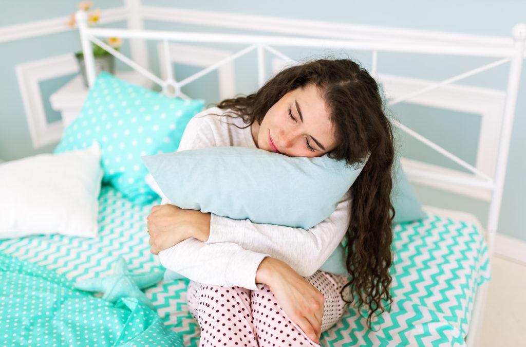 child sleep anxiety hug pillow